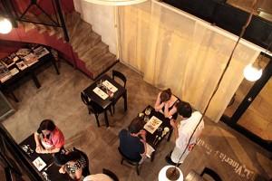 comida-almuerzo-bebida-hostal
