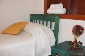 habitacion-triple-hostel (3)