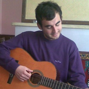 tocando-la-guitarra
