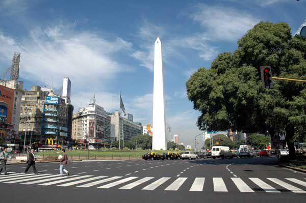 """El Obelisco de Buenos Aires es el emblema de la ciudad, hay que conocerlo para decir """"Estuve en Buenos Aires""""."""